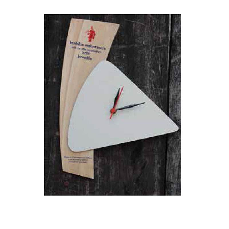 Clock Triangular