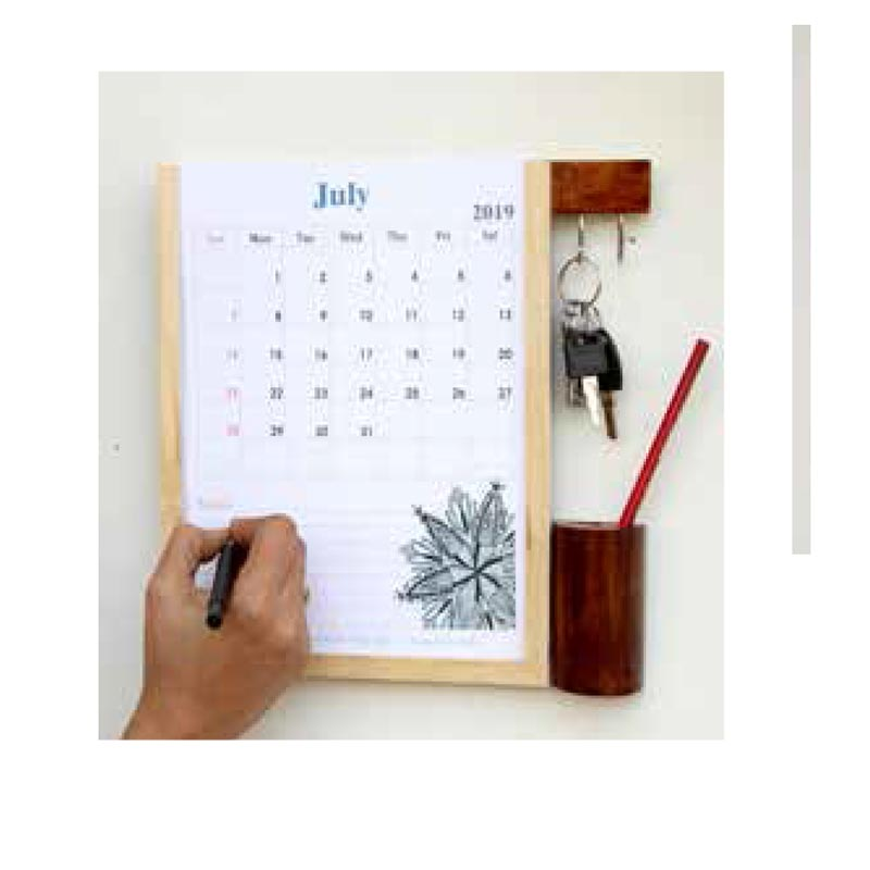 Planner with key hooks an..